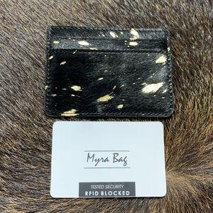 Myra cardholder
